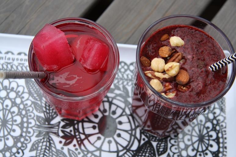 hibiscus tee ja vegaanismoothies