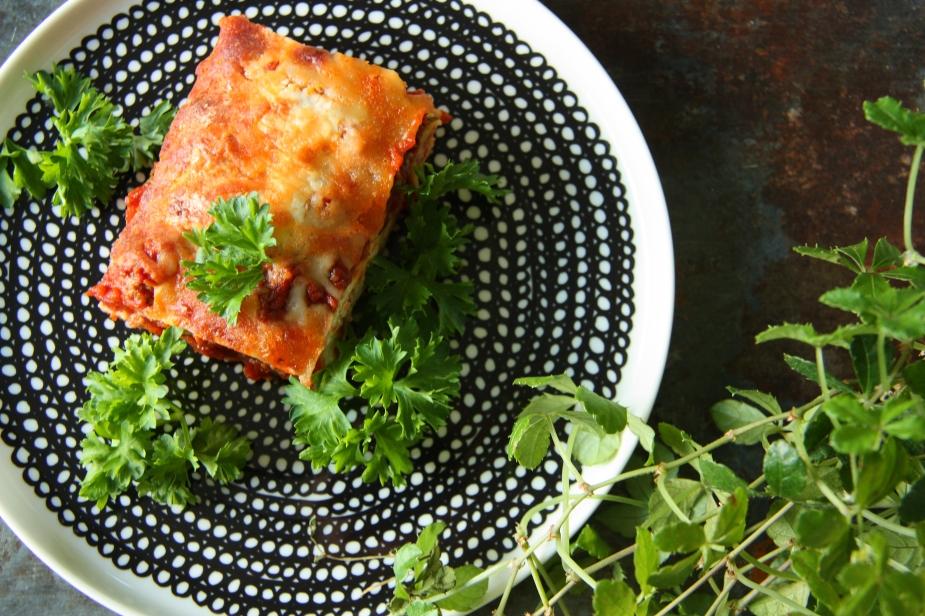 gluteeniton kesäkurpitsa lasagne